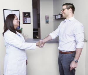 Dr-With-Patient